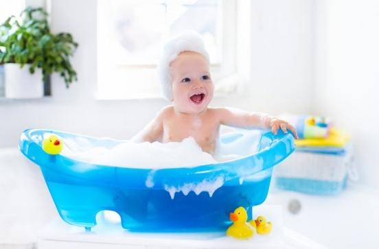 Bebeğinizi banyo yaptırırken nelere  dikkat etmelisiniz?