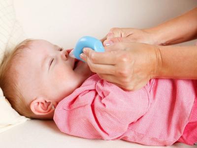 Bebeklerin burun temizliği nasıl yapılır?