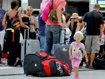 Rus turistler 'Yeniden Türkiye' dedi