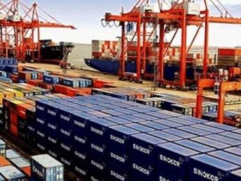 Dış ticaret açığı martta 4,5 milyar dolara geriledi