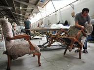 İnegöl'de mobilyacılar yüksek ücrete rağmen işçi bulamıyorlar