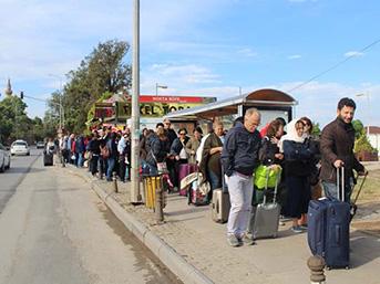 """Yunan adalarına gidecekler """"19 Mayıs"""" yoğunluğu yaşadı"""