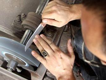 Dünyaca ünlü bıçaklar kurban öncesi yok satıyor