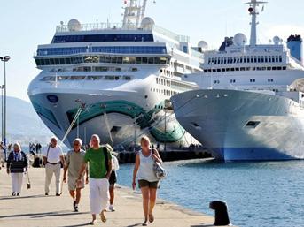 Kruvaziyerle turist getirene yolcu başına 30 dolar teşvik