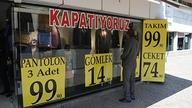 İzmir'de dükkanlar kepenk indiriyor