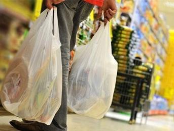 Plastik poşetler ücreti oluyor