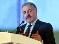 Ulaştırma Bakanı Arslan'dan 'FSM'de çift yönlü ücret' iddiasına yanıt