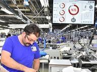 Moda devinden İzmir'e akıllı fabrika
