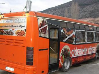 12 bin TL'ye aldığı belediye otobüsünü 120 bin TL'ye ciğerci yaptı