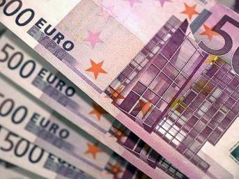 """Euro, """"Büyük Koalisyon"""" haberiyle 3 yılın zirvesine çıktı"""