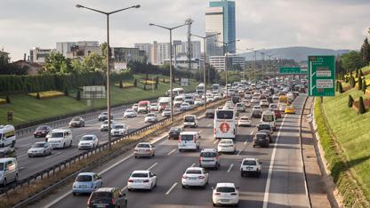 1 Ocak itibarıyla başlayan 2018 yılına ait Motorlu Taşıtlar Vergisi'nin (MTV) ilk taksit ödemeleri mobil banka uygulamalarından kolayca yapılabiliyor.