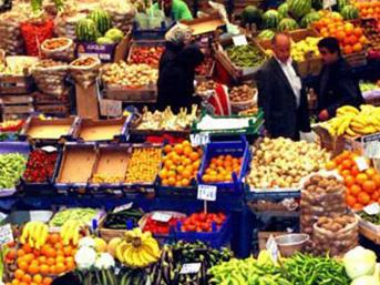 Ekonomi Bakanı Nihat Zeybekci, gıda fiyatlarının enflasyon üzerindeki etkisini minimize etmek üzere önemli bir paketin yakında açıklanacağını söyledi.