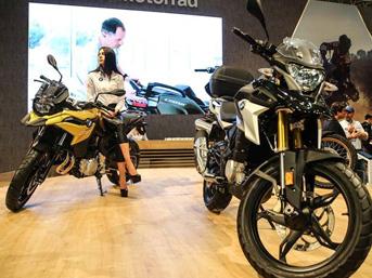 10. Motobike İstanbul Fuarı bugün ziyaretçilere kapılarını açtı. Sektörün önemli motosiklet markalarının yeni model tanıtımları 4 gün boyunca devam edecek.