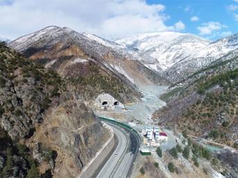 Bittiğinde dünyanın 2. en uzun tüneli olacak