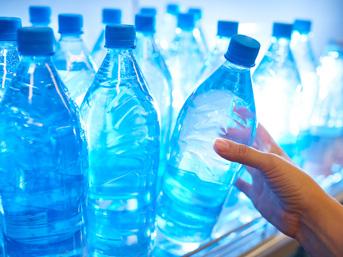 Büyük skandal: İçme suyunda plastik maddeler bulundu