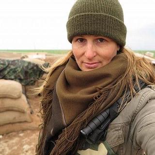 Kanadalı model IŞİD'e karşı savaşmak için Suriye'ye gitti