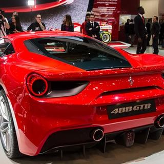 Türkiye'den 6 kişi 1,5 milyon TL'ye Ferrari aldı