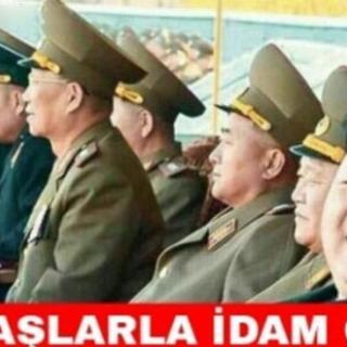 Kim Jong güldürüyor