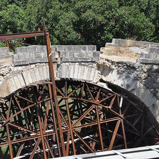 Tarihi Dandalaz Köprüsü restorasyonda yıkıldı