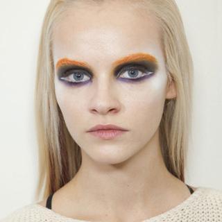 Yeni moda akımı:Renkli kaş