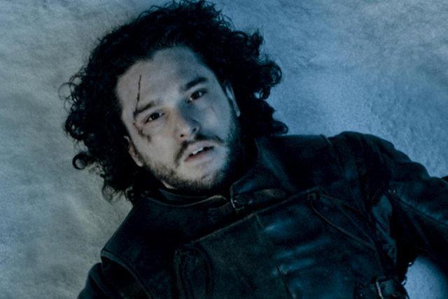 Jon Snow öldü mü ölmedi mi?