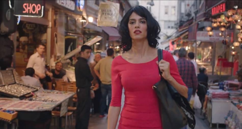 Çağla Akalın Zürih film festivalini salladı