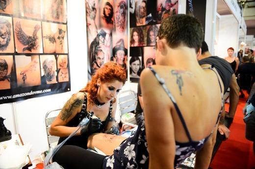 Dövme ustaları İstanbul'u kasıp kavurdu