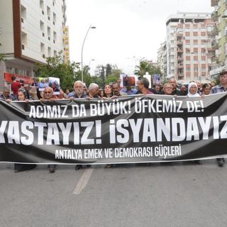 Ankara'daki terör saldırısına tepkiler sürüyor