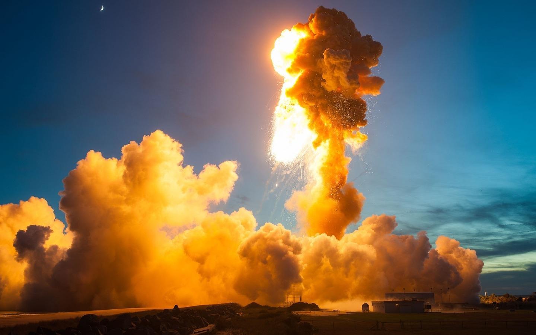 NASA patlama anının fotoğraflarını yayımladı