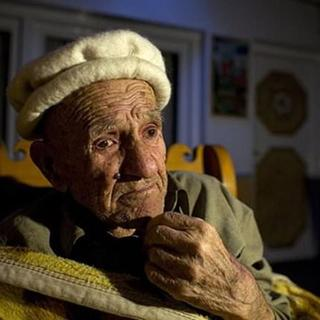 120 yıl yaşayıp, 70 yaşında doğum yapıyorlar