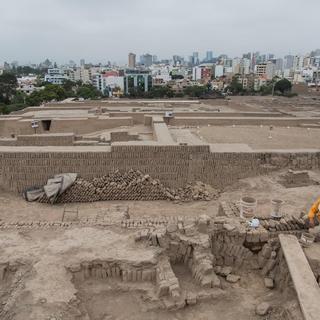 Peru'da 1,000 yıllık mezarlar bulundu