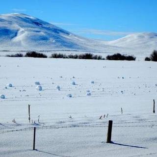 Gökten kar değil kartopu yağdı!