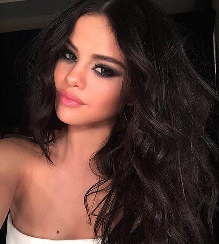 Instagram'da en çok takipçisi olan isim Selena Gomez