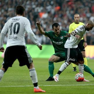 Beşiktaş yeni stadı Vodafone Arena'ya kavuştu