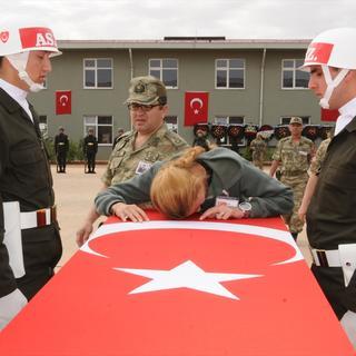 Mardin'de şehitler için tören