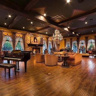 Ünlü şarkıcı son günlerini bu evde geçirdi