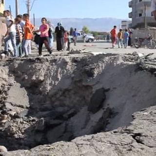 Silopi'deki patlamanın izleri gün ağarınca ortaya çıktı