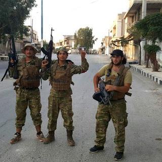 ÖSO mensupları Cerablus merkezine girdi