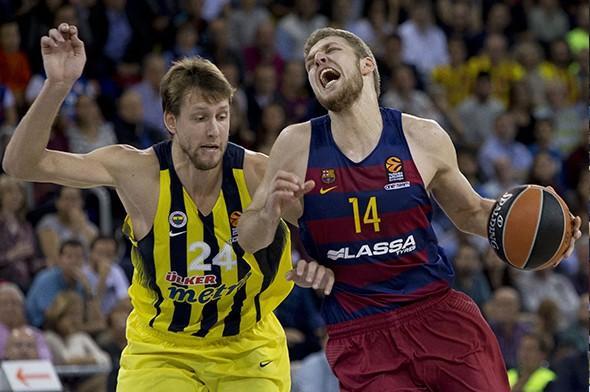 Fenerbahçe top çevirdi Barcelona şaştı kaldı