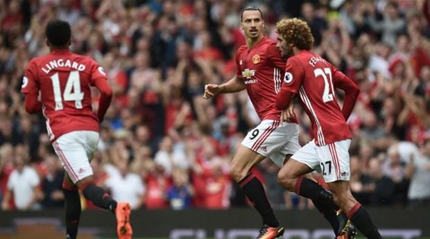 22) Manchester United