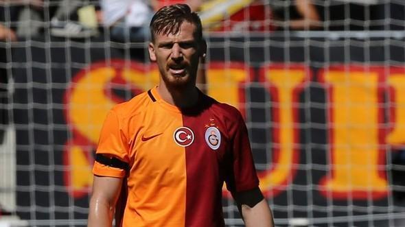 Galatasaray'da sadece Serdar Aziz prim aldı