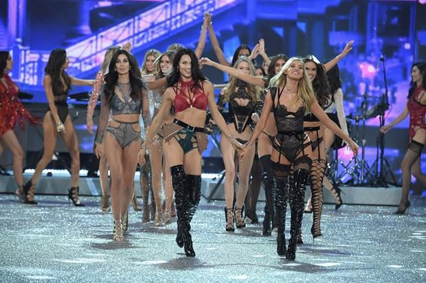 En zengin Victoria's Secret meleği kim?