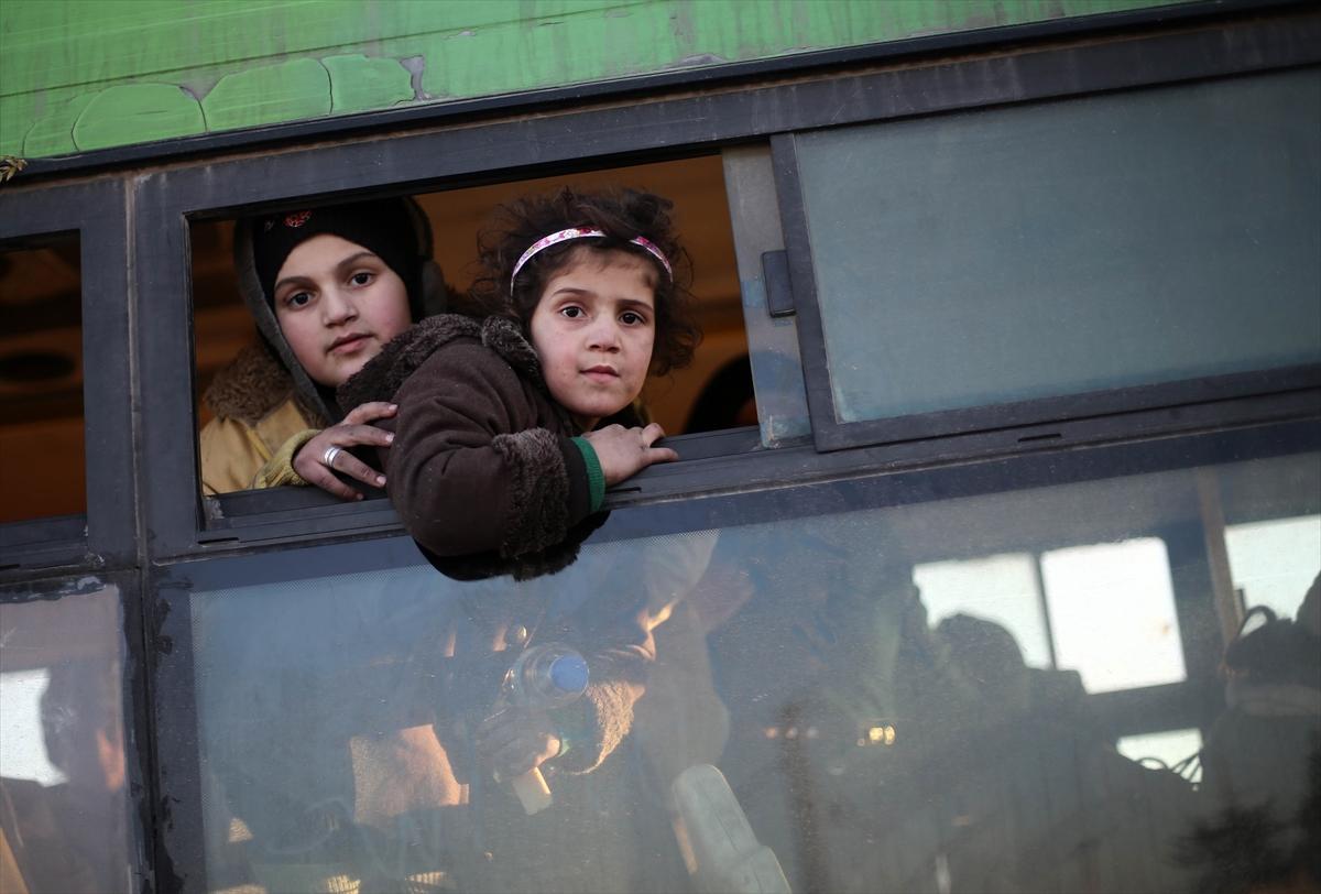 Halep'te tahliyelerin ardından dünyanın merak ettiği ilk görüntüler