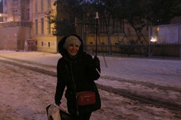 İstanbul'dan akıl almaz kar görüntüleri