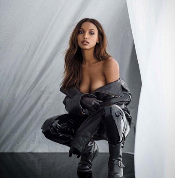 Jasmine Tookes sosyal medyayı salladı