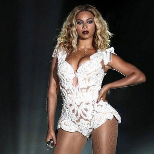Beyonce'dan hamilelik pozları