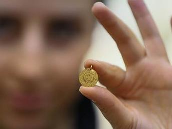Altının fiyatı arttıkça gramı düşüyor