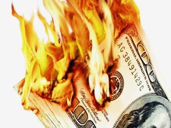 Dolar kritik seviyeyi geçti
