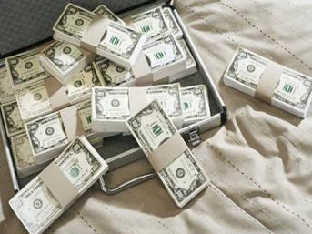 7 milyon dolar sahte parayla yakalandılar
