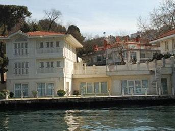Erbakan'ın yalısı 60 milyona satılık